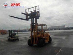 Xe nâng máy dầu cũ KOMATSU 06 tấn FD60-2 # 10105 giá rẻ