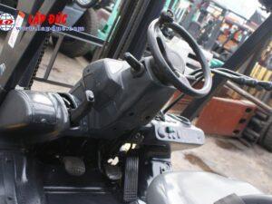 Xe nâng 2 tấn dầu KOMATSU FD20T-17 giá rẻ