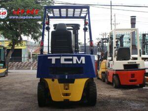 XE NÂNG DẦU 2 tấn TCM FD20Z2 # 559006386