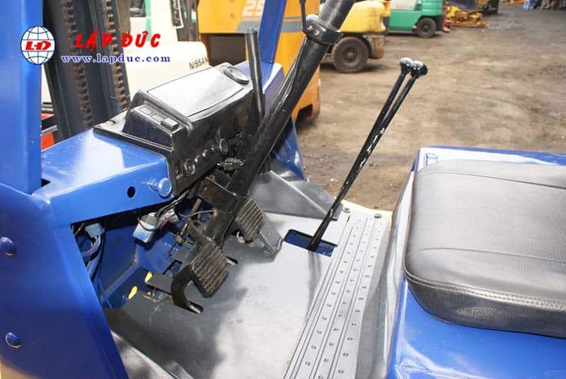 Xe nâng 2 tấn - 2.5 tấn cũ KOMATSU - TOYOTA 13
