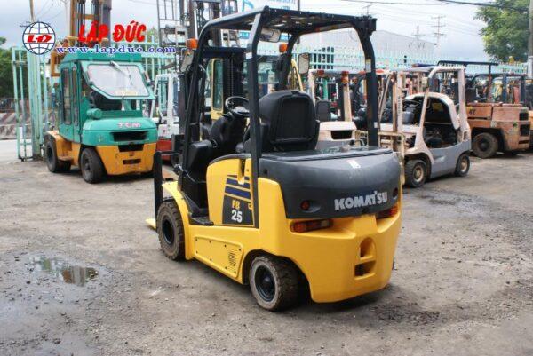 Xe nâng điện ngồi lái KOMATSU 2.5 tấn FB25-12 # 100193