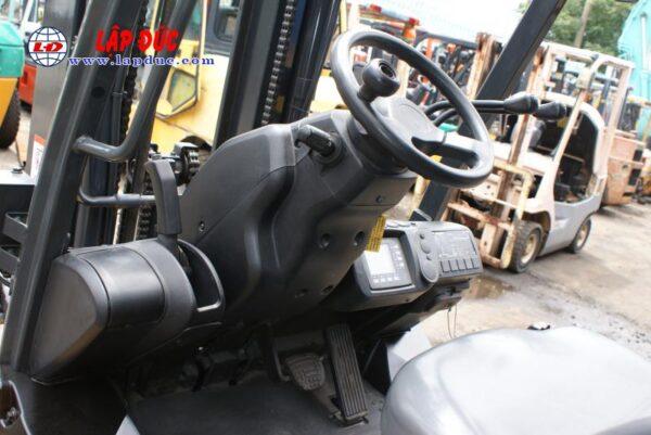 Xe nâng cũ động cơ điện 2.5 tấn KOMATSU FB25-12 # 100193