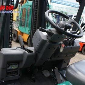 Xe nâng điện cũ KOMATSU 3 tấn ngồi lái FB30-11 # 820446