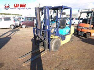 Xe nâng dầu cũ 2.5 tấn KOMATSU FD25C-12 # 515601 giá rẻ