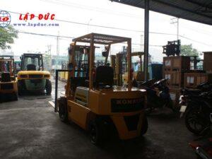Xe nâng KOMATSU máy dầu 2 tấn FD20-10 # 233741 giá rẻ