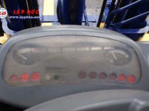Xe nâng động cơ dầu 2.5 tấn KOMATSU FD25T-14 # 557334 giá rẻ