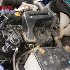 Xe nâng 2.5 tấn dầu KOMATSU FD25T-14 # 557334 giá rẻ