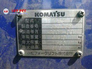 Xe nâng động cơ dầu 3 tấn KOMATSU FD30C-14 # 560485 giá rẻ