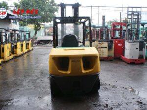 Xe nâng dầu KOMATSU 4.5 tấn FD45T-10 # 135323 giá rẻ