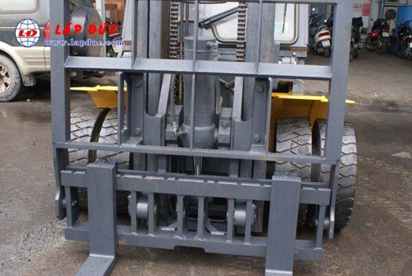 Xe Nâng Dầu 4.5 tấn KOMATSU FD45T-10 # 135323