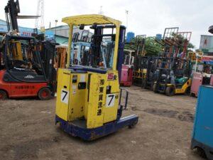 Xe nâng điện đứng lái cũ KOMATSU 1.5 tấn FB15RS-10 giá rẻ
