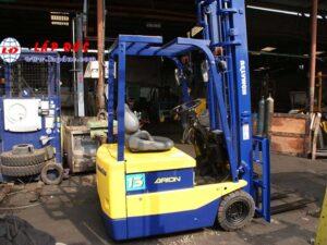 Xe nâng điện ngồi lái 1.3 tấn KOMATSU FB13M-3 giá rẻ