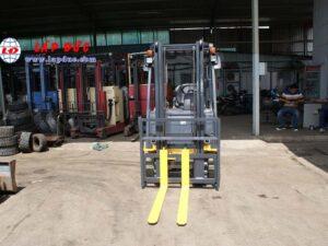 Xe nâng điện ngồi lái cũ KOMATSU 1.5 tấn FB15M-12 giá rẻ