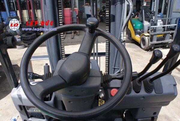 Xe nâng điện cũ KOMATSU ngồi lái 2.5 tấn FB25EX-11 giá rẻ