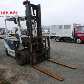 Xe nâng điện UNI CARRIERS ngồi lái 3.5 tấn FB35-8S giá rẻ