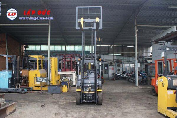 Xe nâng máy xăng KOMATSU 1.5 tấn FG15C-21 # 201278 giá rẻ