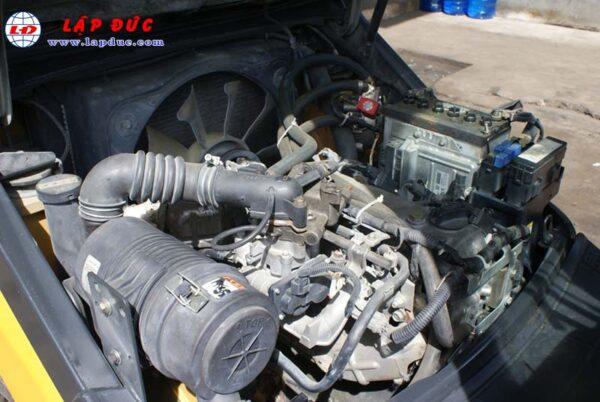 Xe nâng động cơ xăng KOMATSU FG18T-20 # 672555 giá rẻ