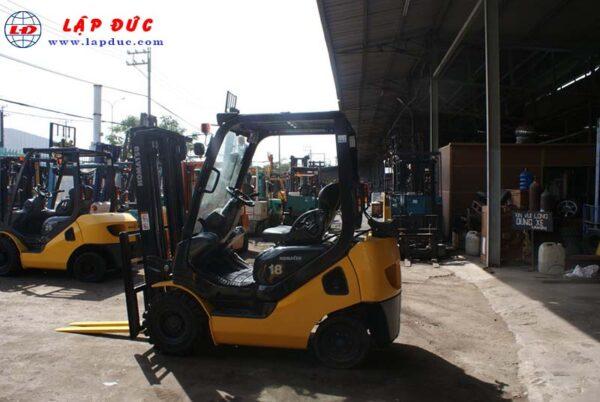 Xe nâng xăng cũ 1.8 tấn KOMATSU FG18T-20 # 672555 giá rẻ