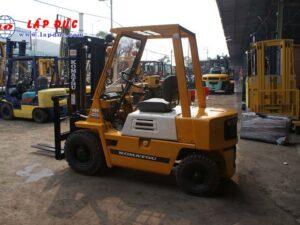 Xe nâng xăng cũ 2 tấn KOMATSU FG20-7 # 107531 giá rẻ