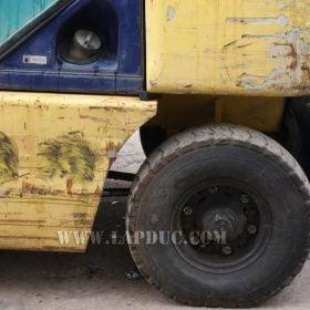 Xe nâng KOMATSU máy xăng 2 tấn FG20C-12 giá rẻ