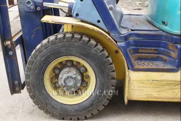Xe nâng xăng 2 tấn KOMATSU FG20C-12