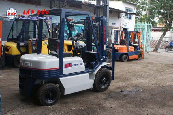 Xe nâng xăng 2 tấn KOMATSU FG20C-11 # 453615 giá rẻ