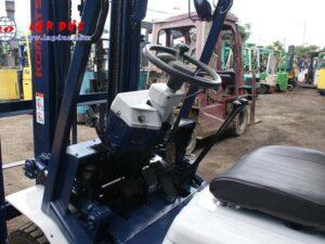 Xe nâng cũ động cơ xăng KOMATSU 2 tấn FG20C-11 # 453615 giá rẻ