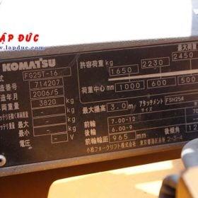Xe nâng 2.5 tấn xăng KOMATSU FG25T-17 # 714207 giá rẻ