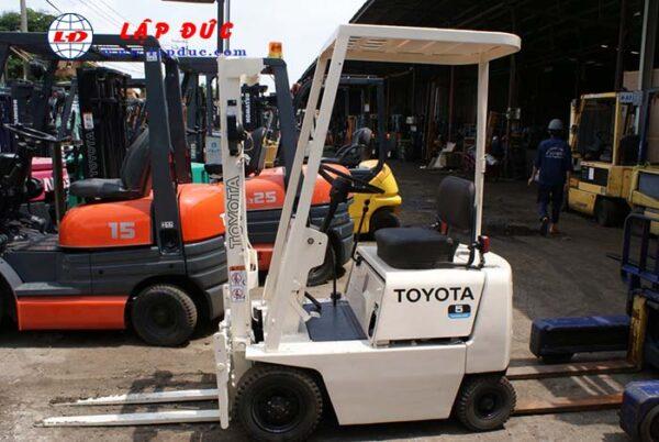 Xe nâng máy xăng TOYOTA 0.5 tấn FG5 giá rẻ
