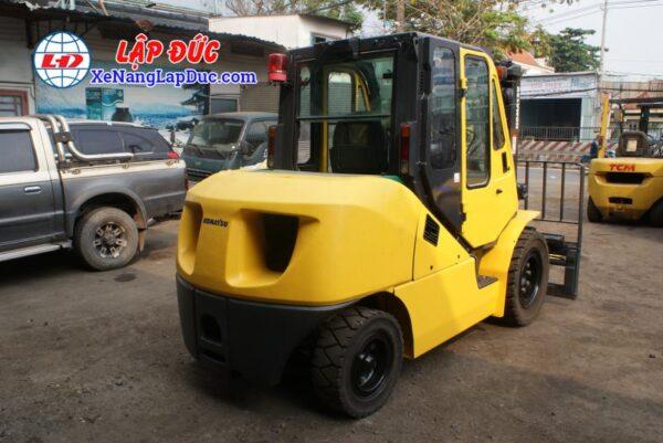 Xe nâng dầu 4 tấn KOMATSU FD40T-10 -135696 giá rẻ