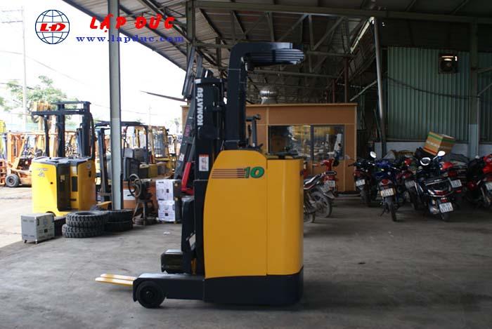 Xe nâng điện đứng lái KOMATSU 1 tấn FB10RL-12 giá rẻ