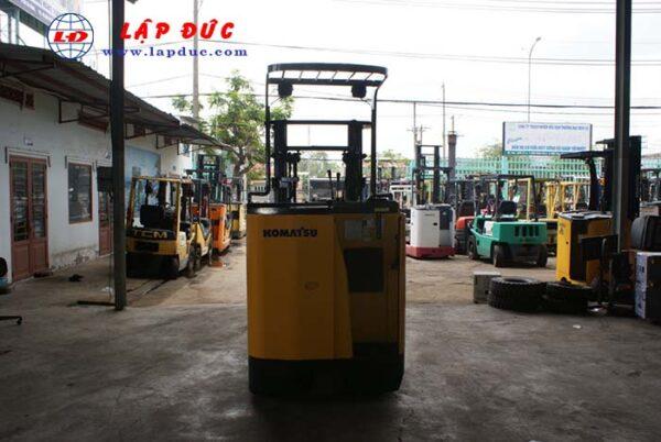Xe nâng điện đứng lái cũ KOMATSU 1 tấn FB10RL-12 giá rẻ