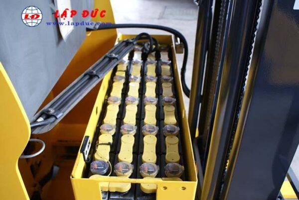 Xe nâng điện đứng lái cũ 1 tấn KOMATSU FB10RL-14 giá rẻ