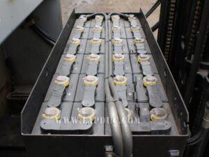 Xe nâng điện NISSAN 1.5 tấn đứng lái U01F15T