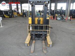 Xe nâng điện TCM đứng lái 2 tấn FRHB20-6