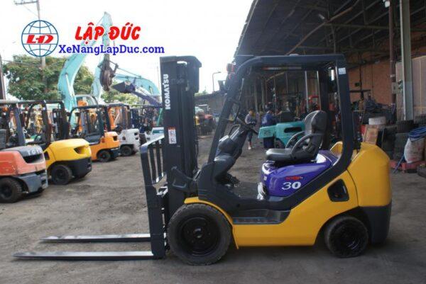 Xe nâng dầu cũ 3 tấn KOMATSU FD30NT-16 giá rẻ