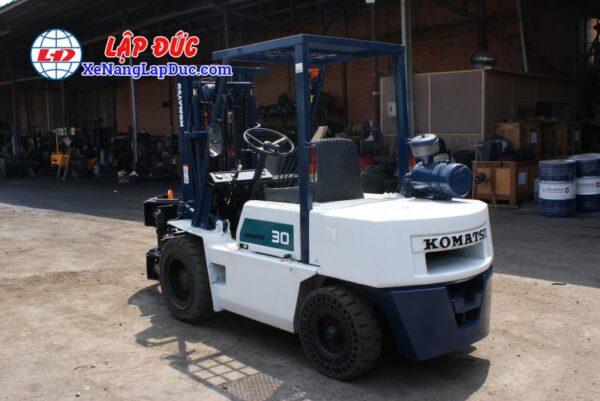 Xe nâng cũ động cơ dầu KOMATSU 3 tấn FD30-10 #23197 giá rẻ