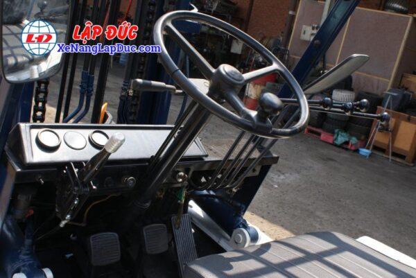 Xe nâng KOMATSU 3 tấn dầu FD30-10 #23197 giá rẻ