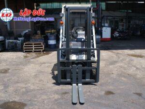 Xe nâng cũ NISSAN 1 tấn máy xăng NISSAN NP1F1 # 400155 giá rẻ